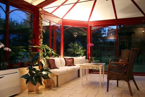 Meubles veranda bien choisir ses meubles de v randa - Comment arreter une saisie de meuble ...