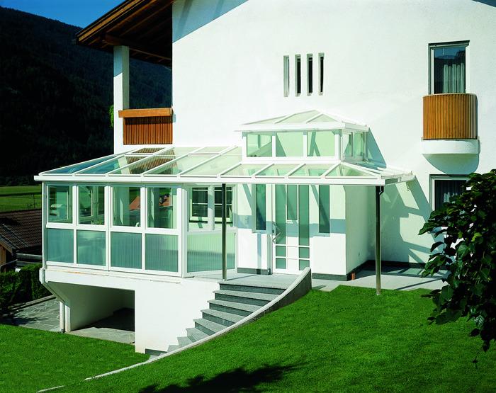 marquise en verre laquelle choisir et quel prix ooreka. Black Bedroom Furniture Sets. Home Design Ideas