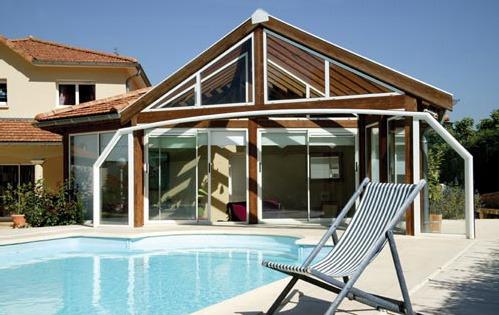 Photo v randa au bord de la piscine - Moderne entree veranda ...