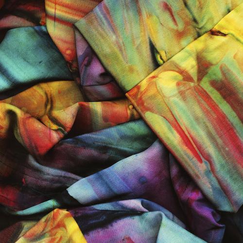 Comment rattraper la couleur d'un vêtement déteint ?