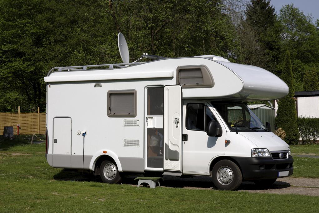 votre voisin installe une caravane qui a vue chez vous que faire. Black Bedroom Furniture Sets. Home Design Ideas