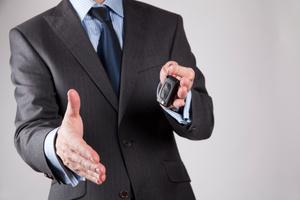 Les voitures de société sont une bonne solution pour augmenter la mobilité de vos employés.