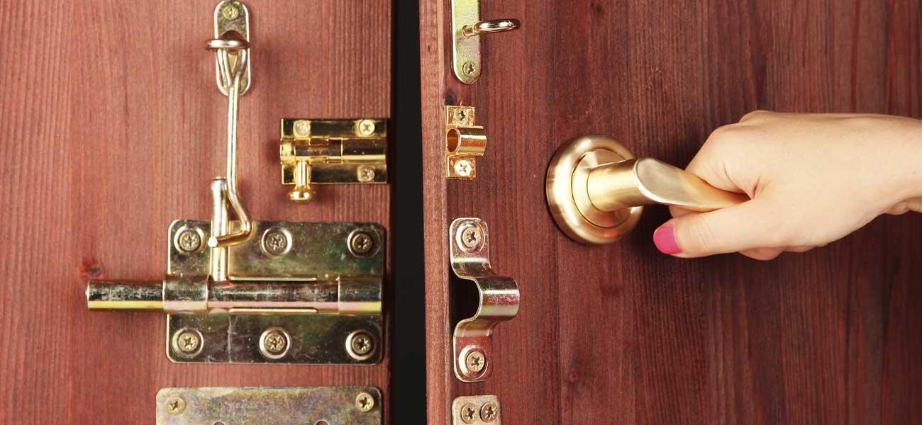Assurance Habitation Et Serrure Les Obligations Ooreka - Porte placard coulissante avec changer serrure porte blindée